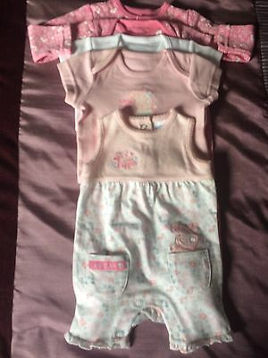 Peppa Pig. 5 Items Of Baby Girls Clothes. Up To 3 Months