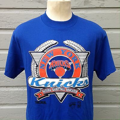 Deadstock vintage 1992 New York Knicks t-shirt, new with tags NWT hip hop NOS