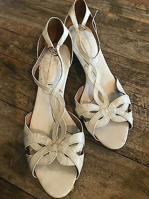 BCBG Maxazria Women White Patent Leather Ankle Strap Sandals Woven Wedge 6 1/2
