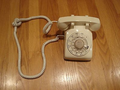 Vintage BELL SYSTEM Western Electric Model 500 Rotary Ivory Desk Phone