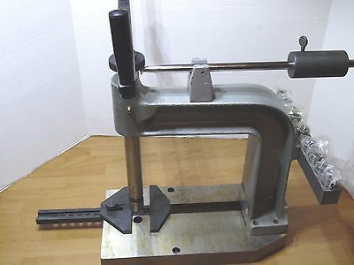 """Desktop Hand Tapping Machine #6 to 5/8"""" Collet Sizes 12-1/2"""" L x 6-1/2"""" W New"""