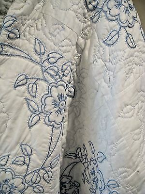 Vintage Embr.french Blue Flowers Quilt, Never Used, 75X89,crisp Clean&cotton