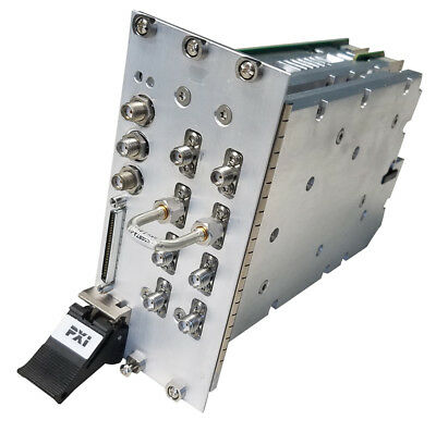 NI PXIe-5644R Reconfigurable 6 GHz RF Vector Signal Transceiver