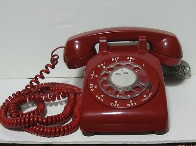 Bell System Vintage Red Rotary Dial Desk Telephone TESTED IN WORKING CONDITION