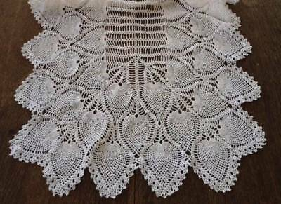 True Vintage Pineapple Crochet Lace Table Runner Fine Cotton20 x 44""