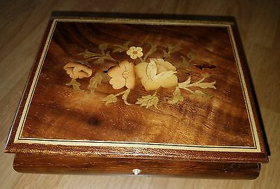 Music Box Romance Reuge Swiss Movement Inlay Wood Floral Design Italy Love Story