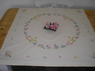 Vintage Beautiful Cream Linen  Hand Embroidered Table Cloth 32 X 33 Ins.