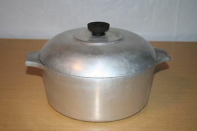 Wagner Magnalite 5 quart Dutch Oven Roaster with Trivet & Drip Lid 4248P