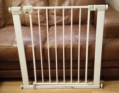 Child Safety Gate (Safety 1st) Security Barrier White Metal