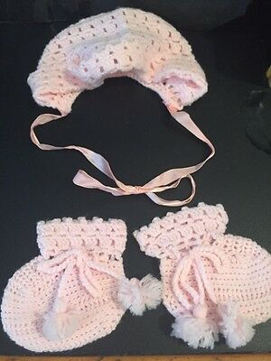 Hand Knit Pink Baby Bonnet And Booties 0–3 Months  👶 Adorable!!!!