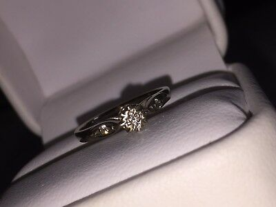 9ct gold solitaire diamond ring. Size L - Hallmarked 9K GOLD