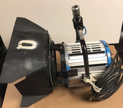 Arri 2000 Tungsten Fresnel Light with 10in Lens (Used)