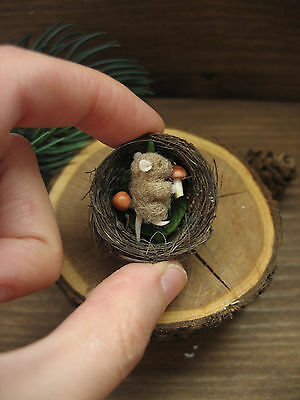 Mouse in the nest miniature needle felting