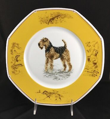 HERMES Porcelain Airedale Terrier Dog Plate Chiefs Courants EXCELLENT