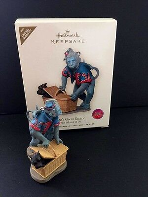 HALLMARK KEEPSAKE ORNAMENT 2007 Toto's Great Escape The Wizard of Oz Limited Qty