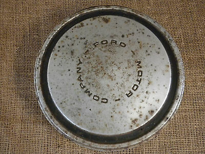 Vintage Ford Hubcap Great Decorator Piece Man Cave Rusty