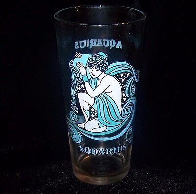 Vintage 1976 Arbys Aquarius Zodiac Horoscope Glass Tumbler by Beverly