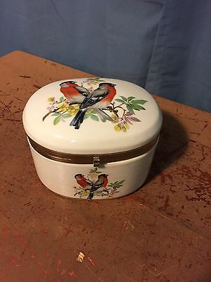 Vintage Porcelain Hinged TRINKET / PILL BOX With Birds and Flowers Japan.