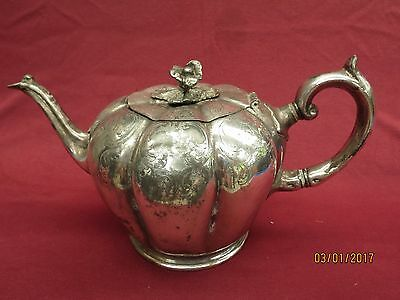 Antique: Beautiful decorated silver plated teapot from England