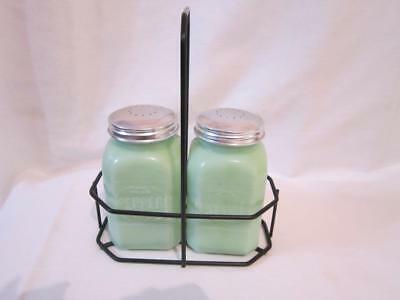 Vintage Jadeite Depression Large Green Salt & Pepper Shaker Set In Carry Rack