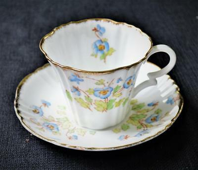 20s ROYAL ALBERT Bone China Crown Stamp England BLUE PANSY #8552 Set Cup &Saucer