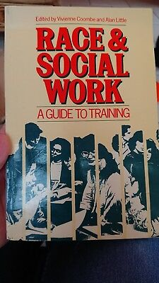 Race and Social Work: A Guide to Training by Taylor & Francis Ltd (Paperback, 1…