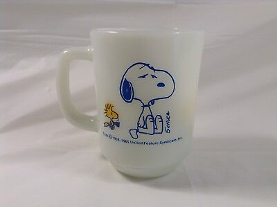 1965 Snoopy Milk Glass Mug