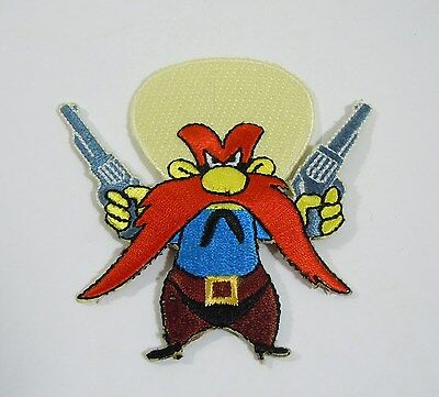 "YOSEMITE SAM w/6 Shooters Embroidered Iron-On Patch - 3"" Warner Bros."