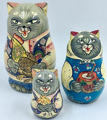 3 Vintage Kitty Cat Nesting Dolls, Made in Russia, Hand Painted