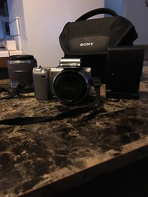 Sony Alpha NEX-5N 16.1MP Digital Camera - White (Kit w/ E OSS 18-55mm Lens)