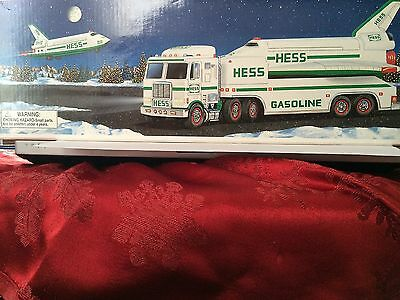 Hess 1999  Toy Truck And Space Shuttle New In Box