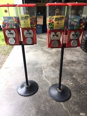 A&A Global Quarter Candy/Toy Vending Machines