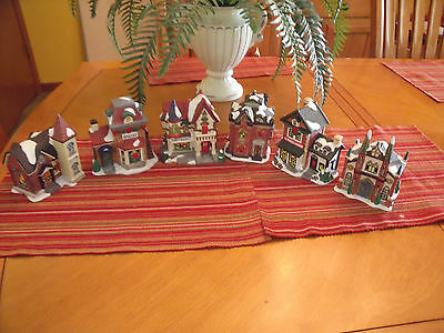 Christmas Village  Buildings Lot of 6 LIGHTED STORAGE FIND