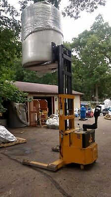 """BIG JOE ELECTRIC FORKLIFT 4,000Lb CAPACITY PDH-40-106 42"""" FORKS 106"""" LIFT HEIGHT"""