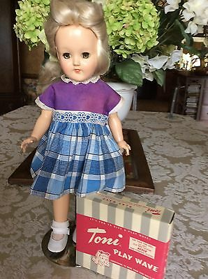 """Vintage Ideal P-90 Platinum Hair Toni Doll With """"Play Wave"""" Hair Set"""