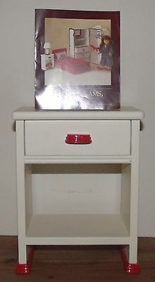 American Girl MOLLY'S NIGHTSTAND Dresser Table ~ Pleasant Co ~ VGUC !