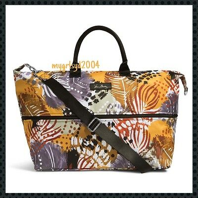 NEW Vera Bradley Lighten Up Expandable Travel Bag/Tote in Painted Feathers