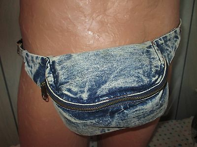 True Vintage 1980s Fanny Pack Stone Washed Acid Rinse Denim Hip Bag Pouch Hipste