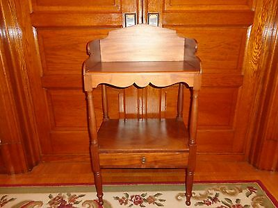 Antique Sheraton Mahogany Washstand