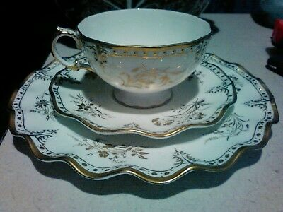 ROYAL CROWN DERBY ROYAL ST JAMES 3pc CUP & SAUCER LUNCH PLATE SET..mint!!!