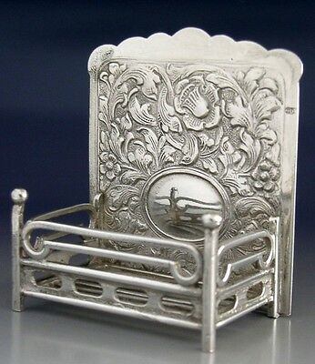 Superb English Sterling Silver Dolls House Fire Grate 1981 Novelty Miniature