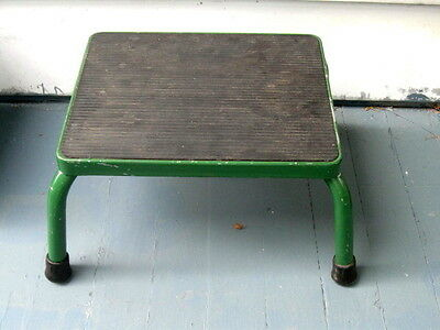 Vintage Metal Physician Exam Room Table STEP FOOT STOOL Retro Mid Century Green