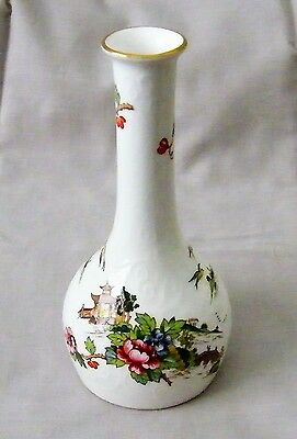Crown Staffordshire Pagoda Bone China Bud Vase  15 x 7 cm Excellent Condition