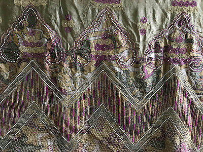 Awesome 100% Silk Antique Sari In Perfect Condition