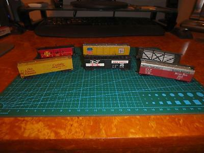 N Gauge Freight Cars - 6 Assorted