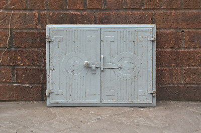 43 x 32.5 cm old cast iron fire bread oven door doors flue clay range pizza