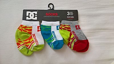 Baby Socks DC Shoe Co Size 6-12 months 3 pairs new boys trainer socks green blue