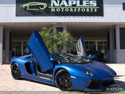 2015 Lamborghini Aventador LP 700-4 Roadster 2015 Lamborghini Aventador LP 700-4 Roadster 7 Speed Manual 2-Door Convertible