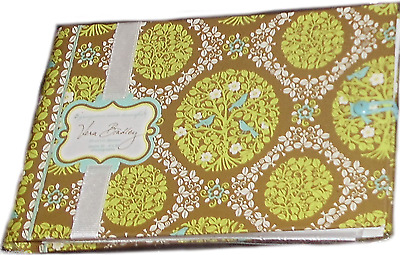 "Vera Bradley Photo Book-""Sittin in a Tree"" Holds 24 Pics-Holds 24 4"" x 6"" photos"