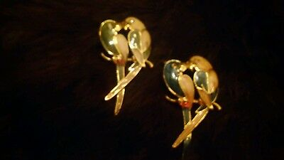 Pendants, Two Colorful Kissing Birds